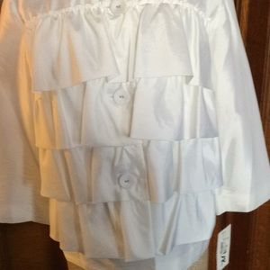 White Top/jacket  slik type top